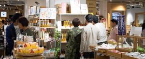 日本百貨店店内2