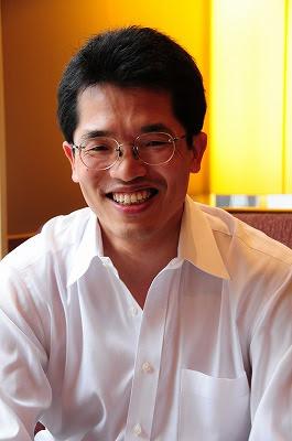 横田秀珠先生プロフィール写真